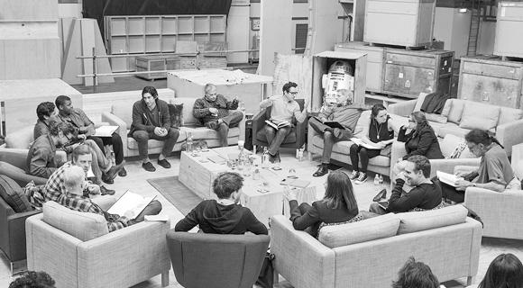 Star_Wars_Episode_7_Distribution