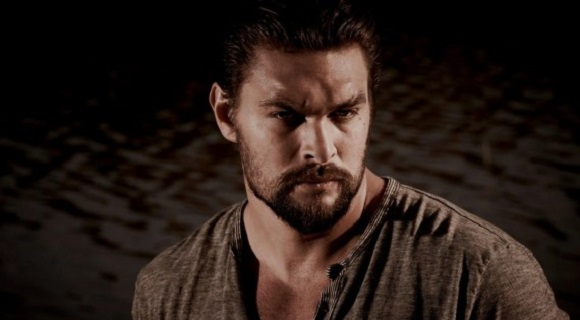 jason-momoa-red-road-570x380-cb215