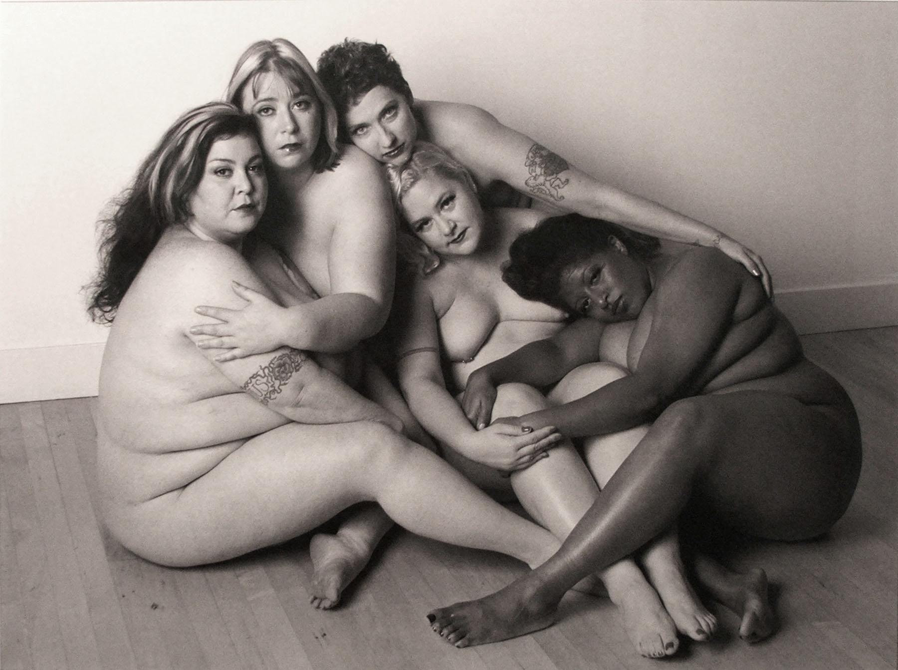 Leonard-Nimoy-Photos-Full-Body